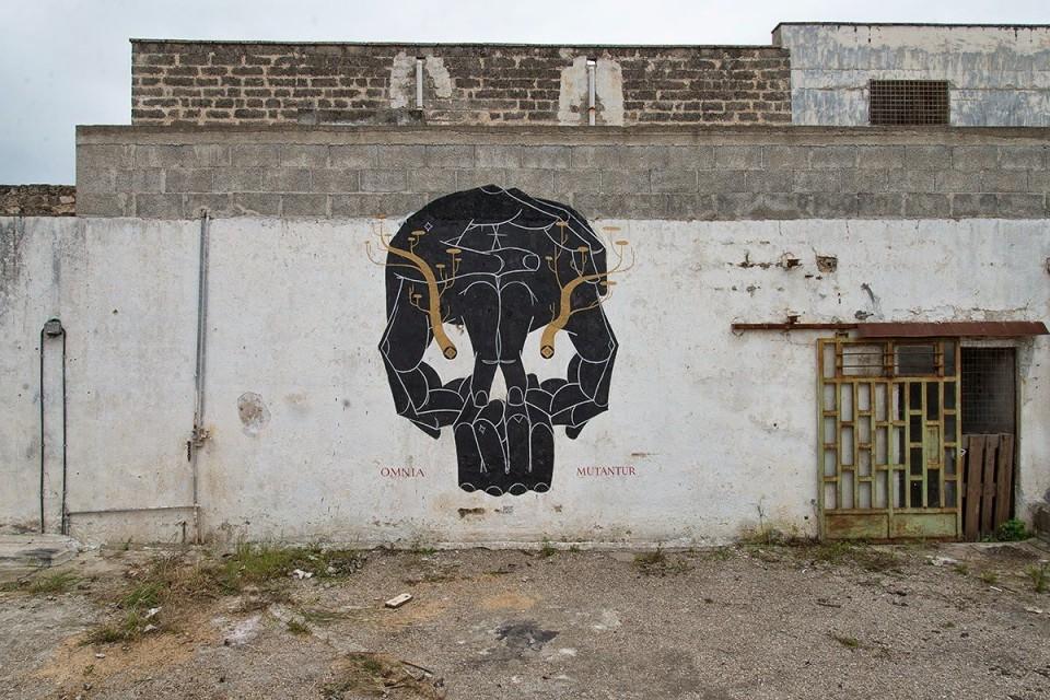 basik-omnia-mutantur-new-mural-for-viavai-project-03